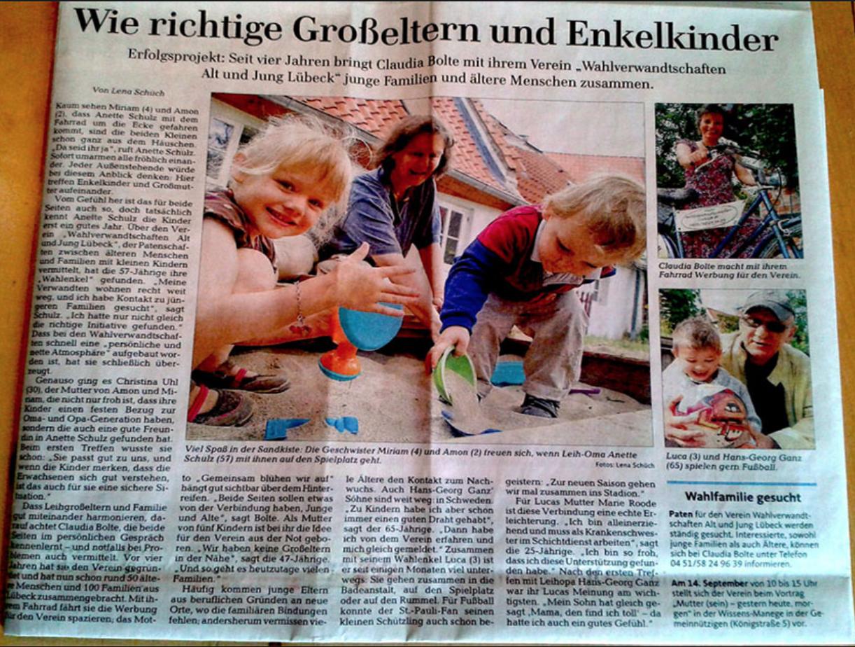 """Foto eines Zeitungsartikels """"Wie richtige Großeltern und Enkelkinder"""""""